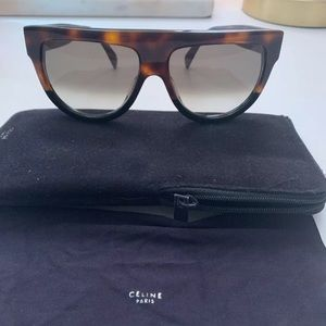 CELINÈ Shadow Sunglasses Tortoise/Black w/ Case